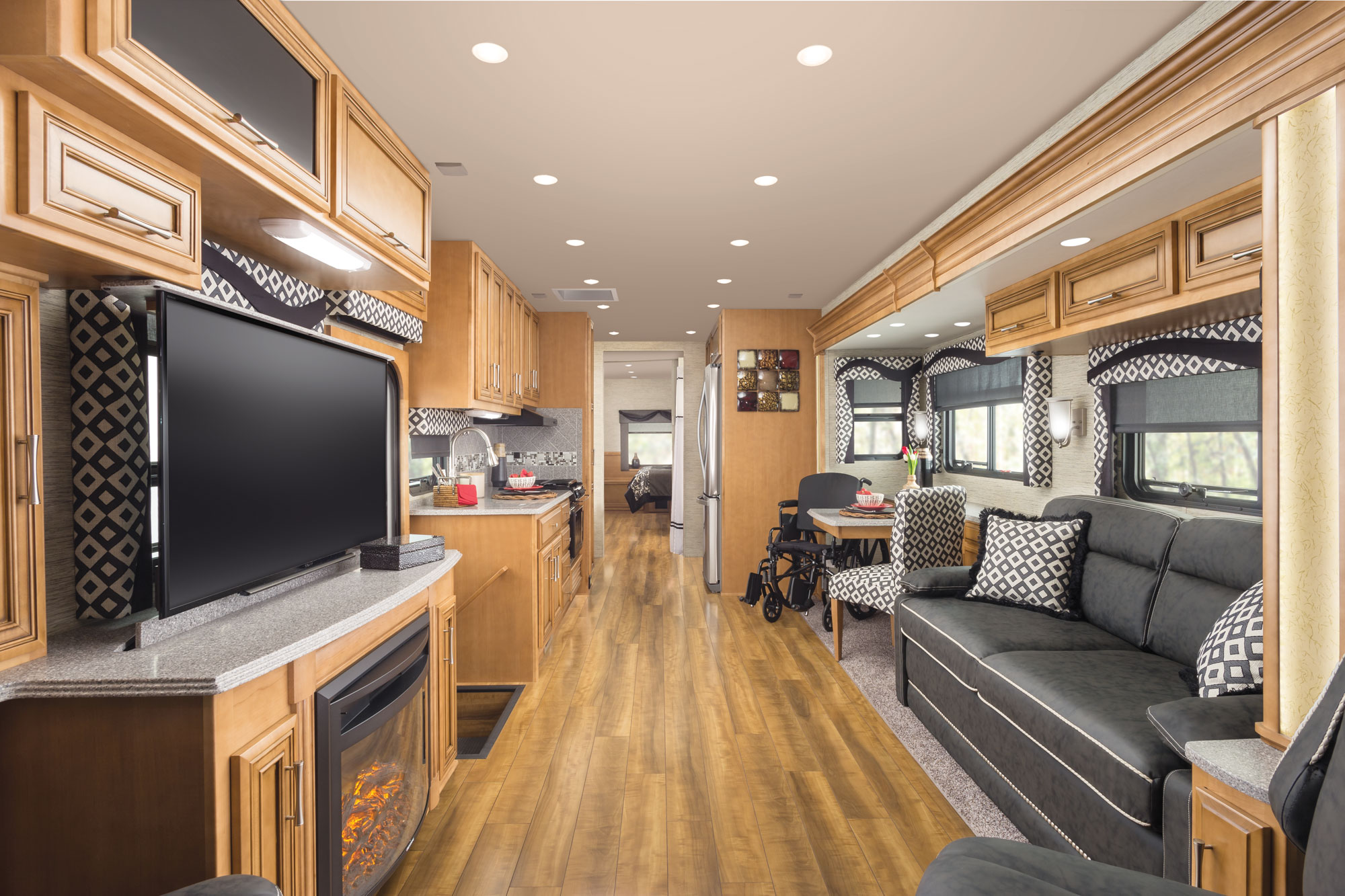 Newmar Canyon Star RV Interior image