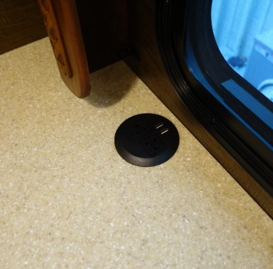 Countertop cord hole with cover