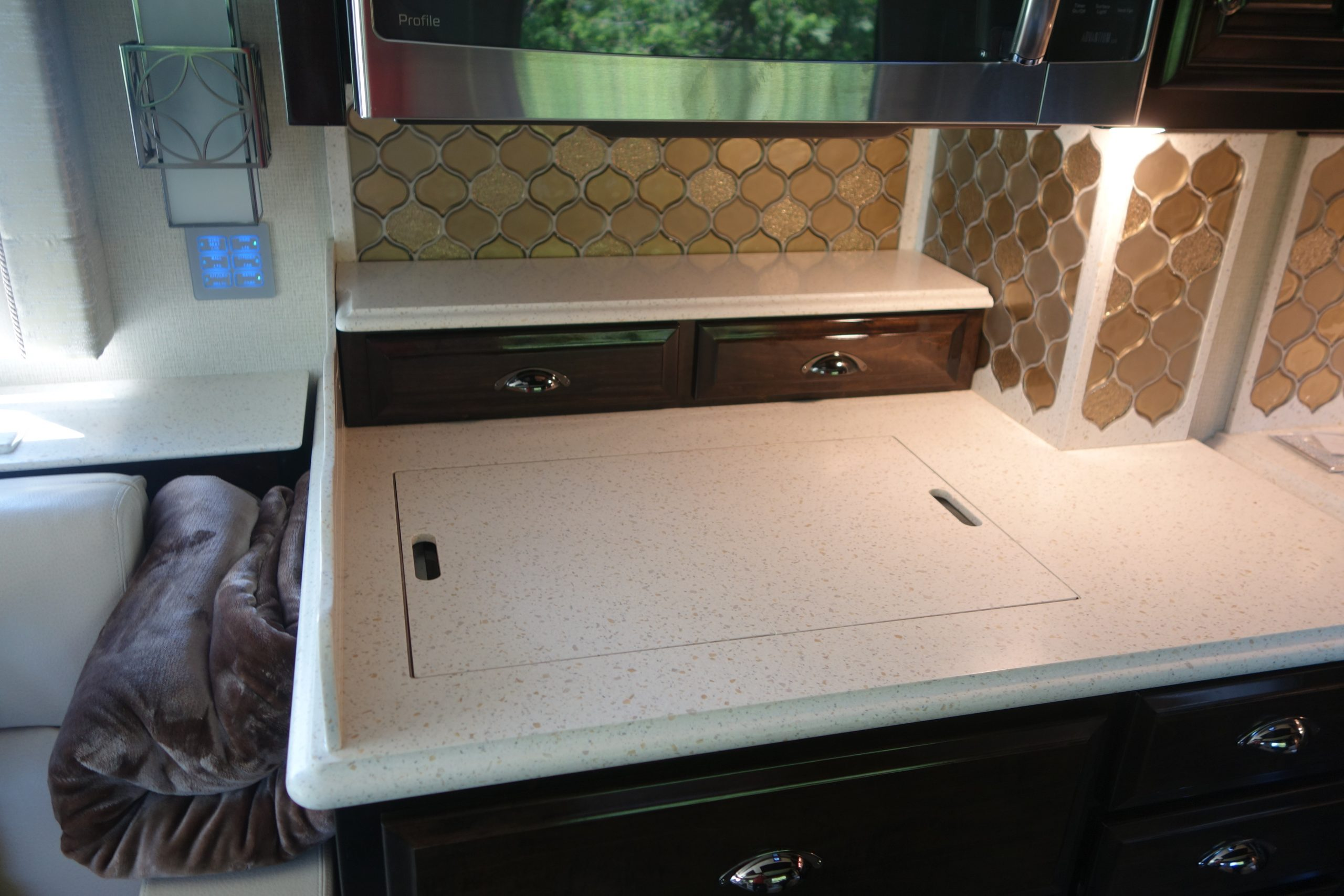 Custom countertop drawers