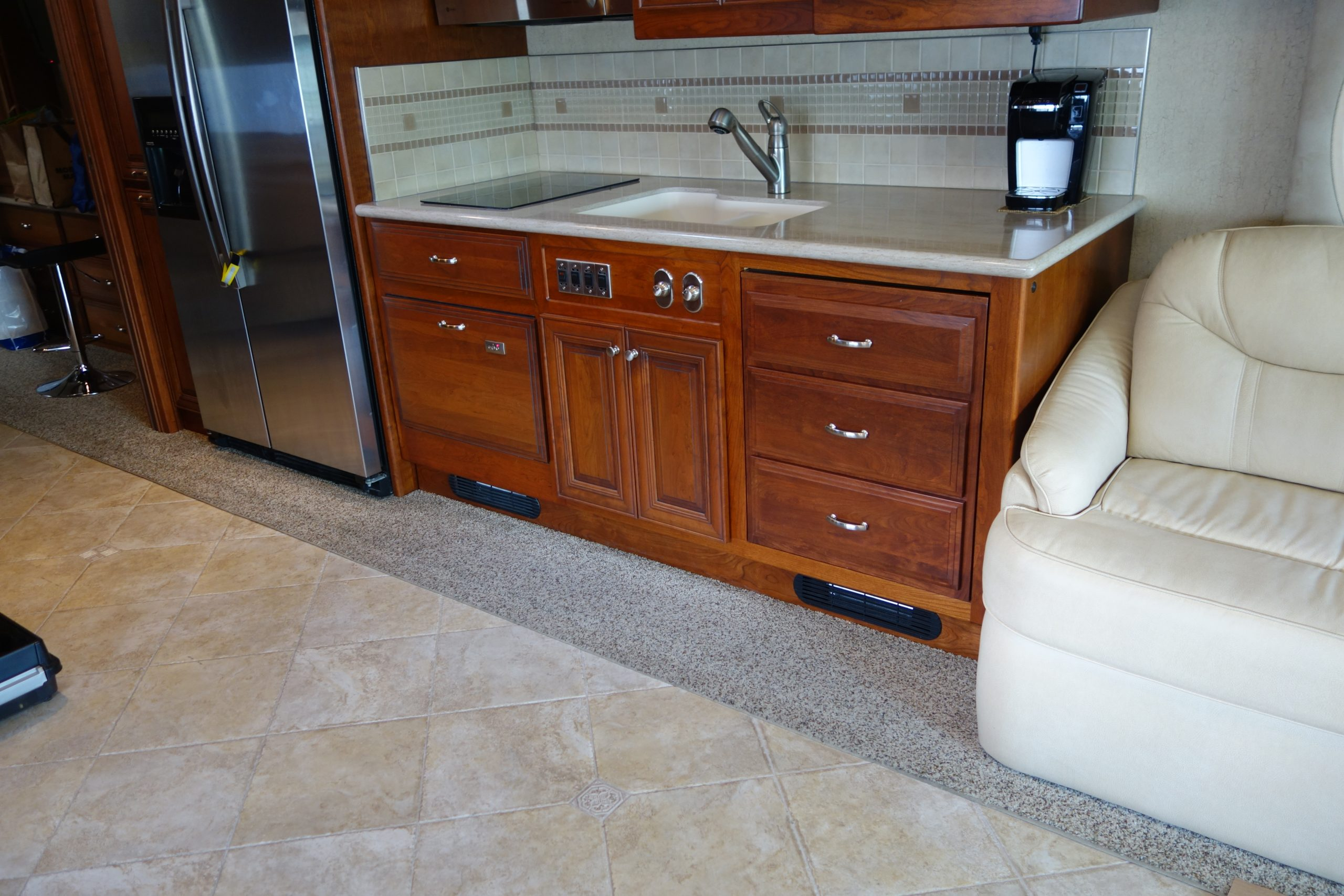 Pullout kitchen drawers pushed in